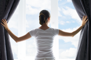 tips-for-home-energy-efficiency-opening-window