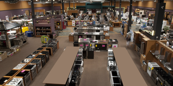 selecting-appliances-Trail-Appliances-showroom