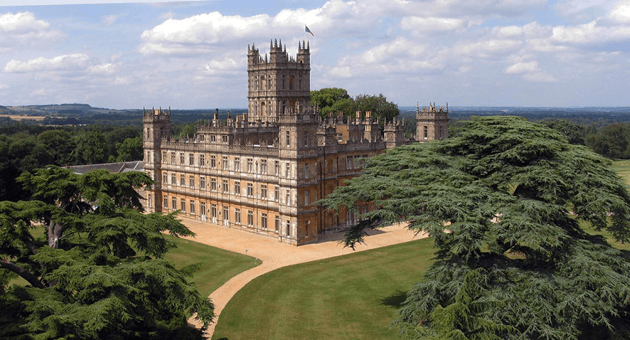 Downtown Abbey - Highclere castle