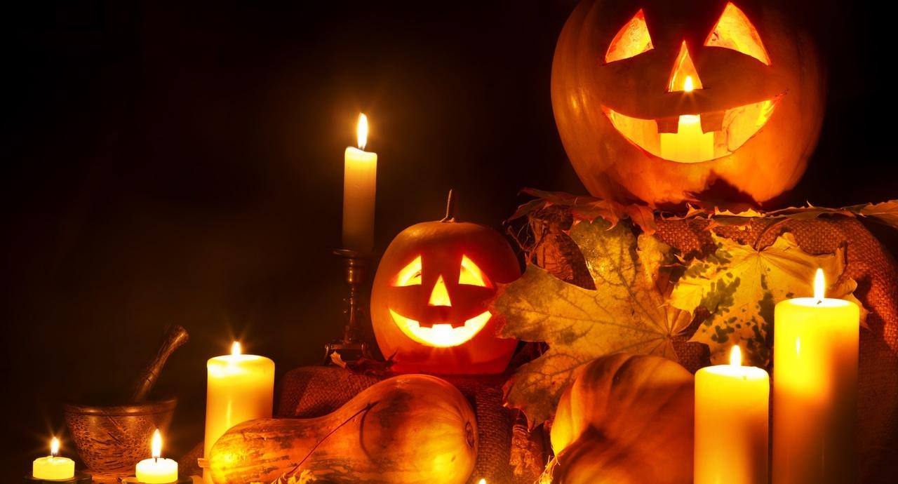 halloween-decor-ideas-pumpkin-lanterns.jpg