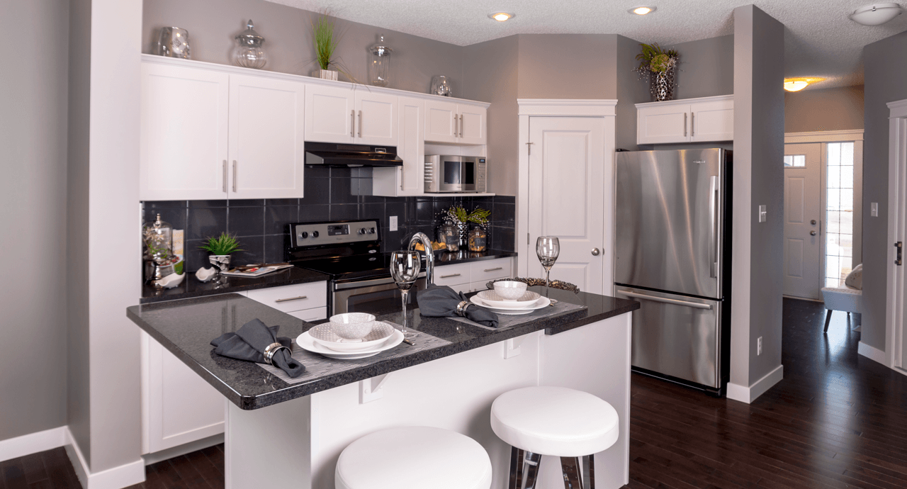 new-show-homes-opening-fort-saskatchewan-emma-ii-kitchen-featured-image.png