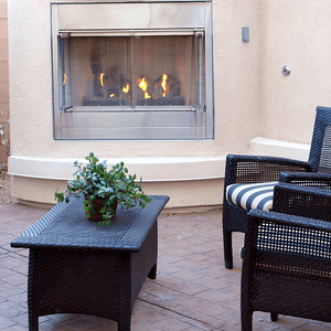 outdoor-living-spaces-fireplace.png