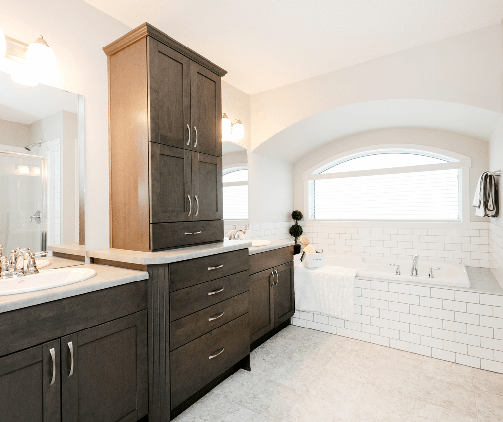 Advantages to Building a Home From Scratch Ensuite Image