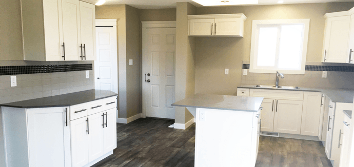 pacesetter-homes-sweetening-honeypot-kitchen-lengthwise-image