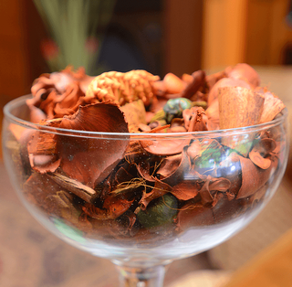 Setting Your Home's Mood: Using Signature Scents Potpourri Image