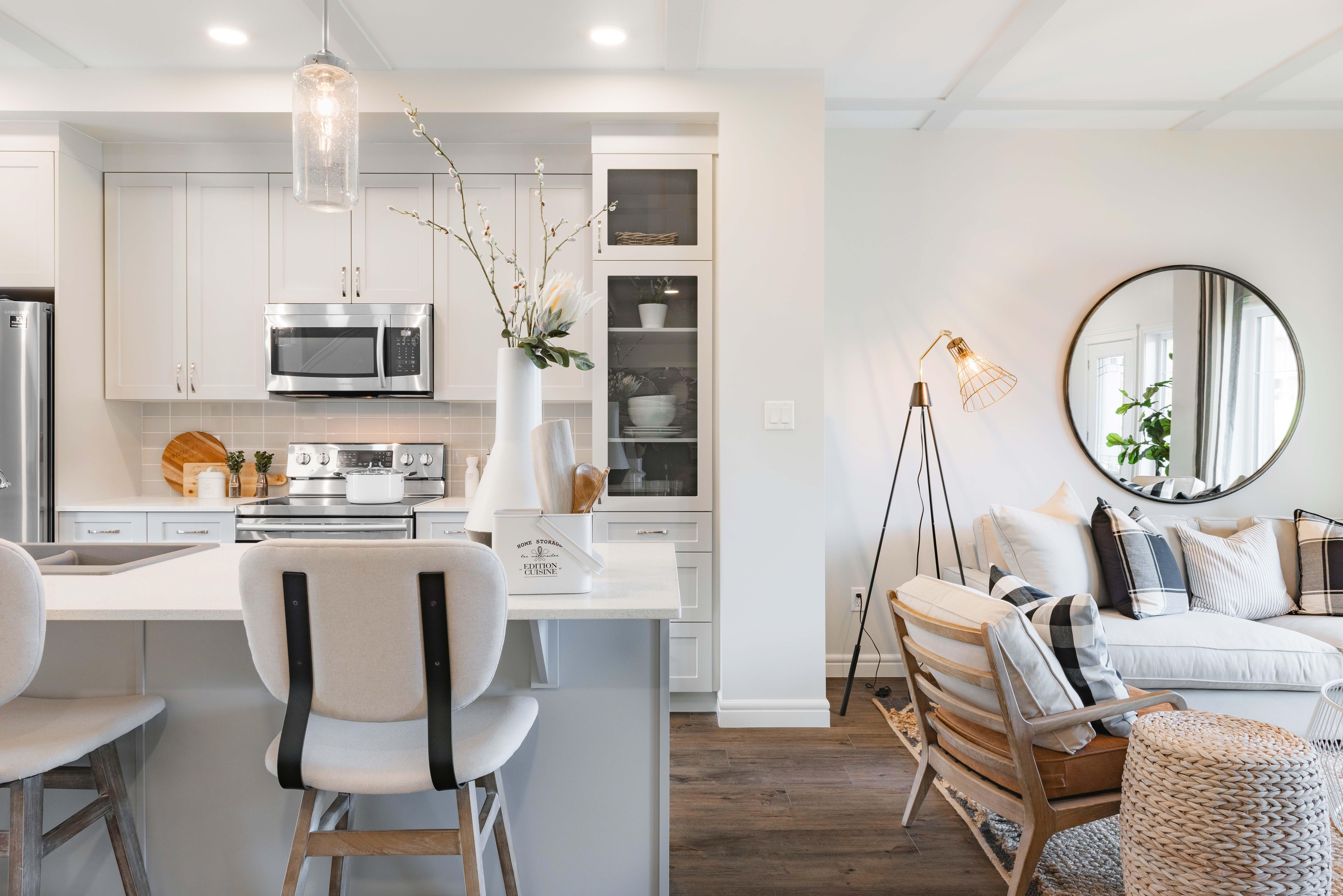 pacesetter_homes_walker_summit_calder_artistic_kitchen_web